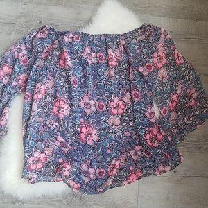 NWOT express cold shoulder floral top